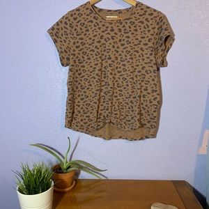 Abercrombie & Fitch Knotted Tee